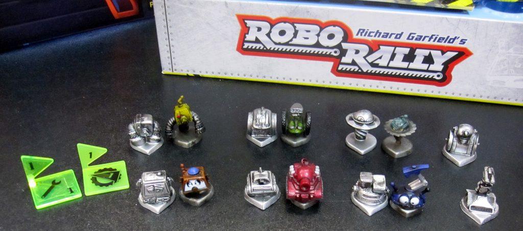 Flag and Robot comparison - Robo Rally 2nd Edition (left) and Robo Rally 2016 (right)